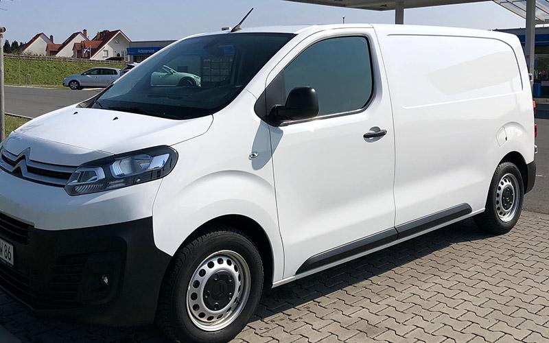 JW-Transporte-Fahrzeug